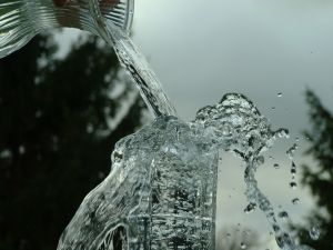 overflowing_glass_5